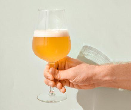 IPA : la bière artisanale houblonnée à la mode